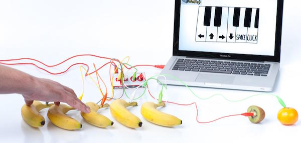 A banana piano with the Makey Makey