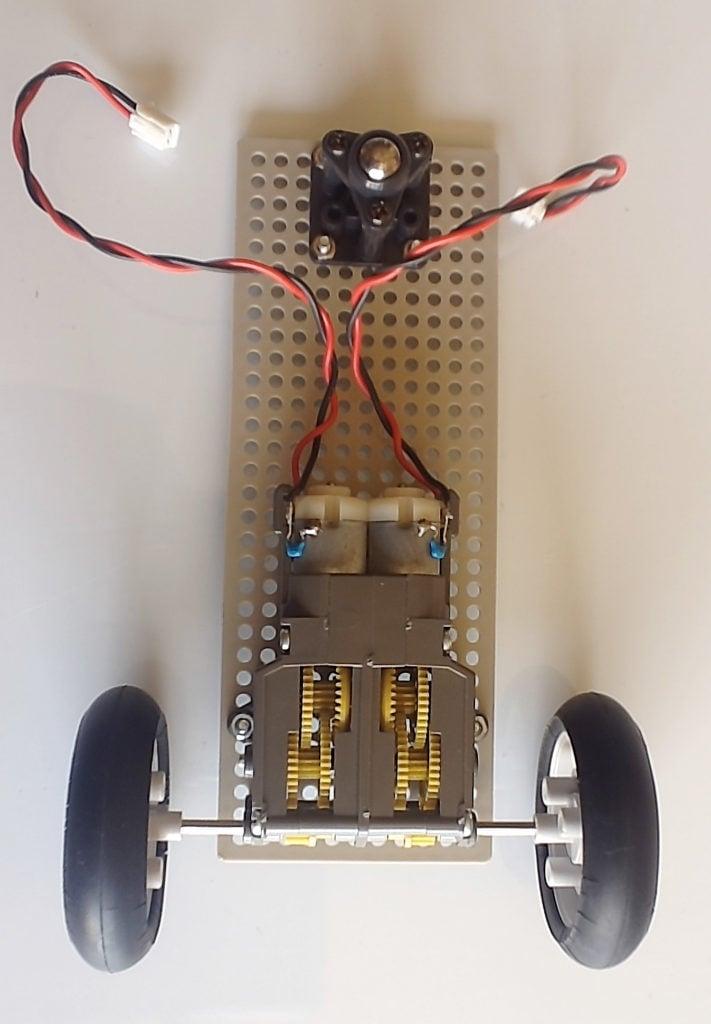 raspberry-pi-cam-bot-base-1-711x1024.jpg