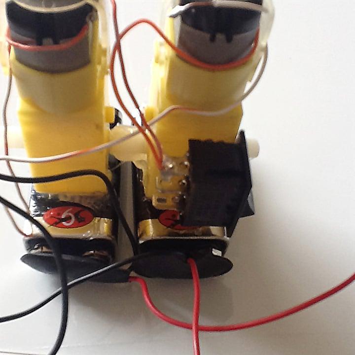 walking-robot-switch.jpg