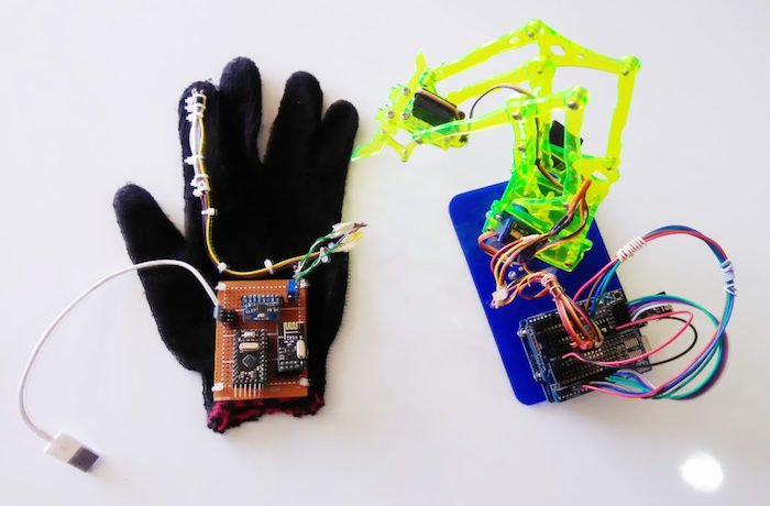 Build A Hand Gesture Controlled Robotic Arm With Arduino