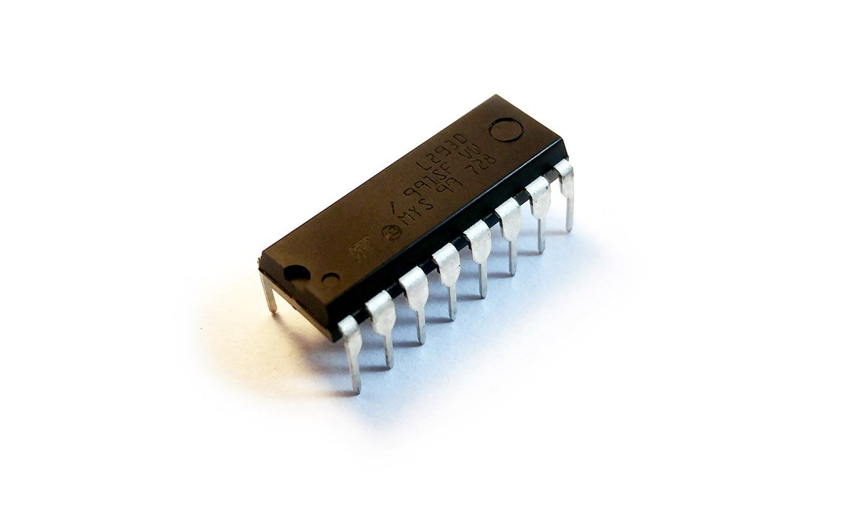 All You Need To Know About L293d Custom Maker Pro Electronic Microcontroller Projects H Bridge Circuit The Frequency Of This Ic Is 5 Khz If Your Motor Matches These Specifications Do Not Hesitate Use