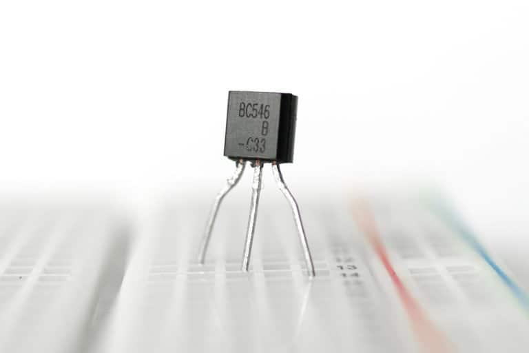 how-transistors-work.jpg